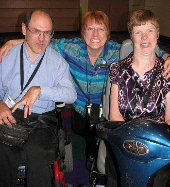 Darrell Hyatt, Lorelle VanFossen and Glenda Watson Hyatt (left to right) at BlogWorldExpo 2009 (courtesy Lorelle VanFossen)