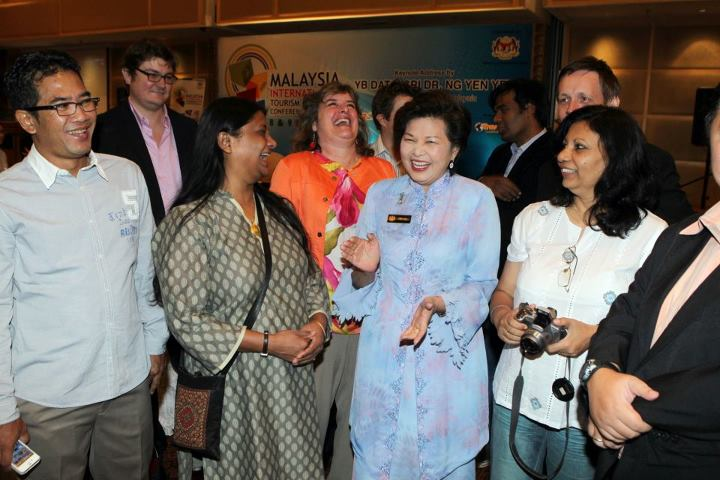 Speakers share a laugh with the Malaysian Minister of Tourism at MITBCA 2012 (courtesy MITBCA on Facebook)