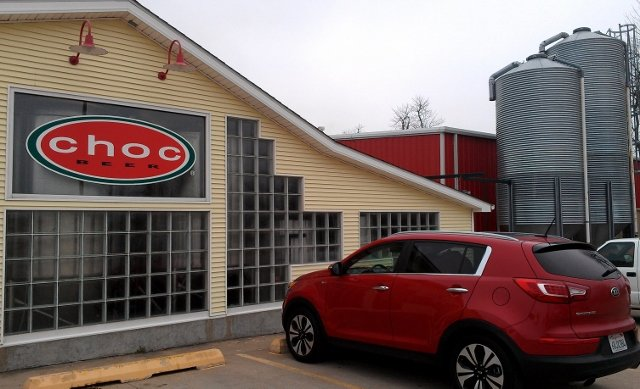 Kia Sportage parked at Choc Beer in Krebs OK (photo by Sheila Scarborough)