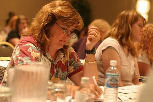 Sheila Scarborough at BlogHer 2007 (courtesy Elizabeth from Table4Five at Flickr CC)